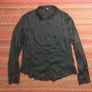 BLACK SILKY BUTTON UP